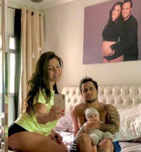 Thammy e Andressa mostram foto Real do carnaval com bebê
