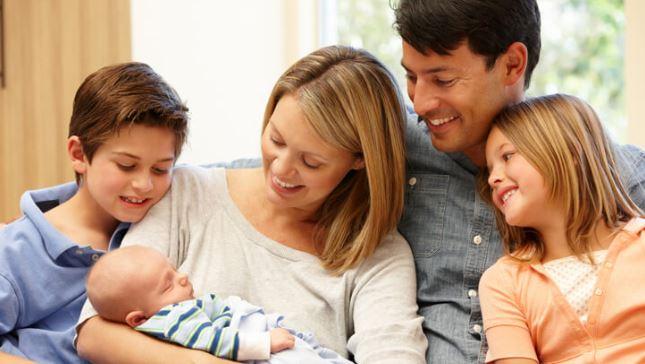 Pai Bom Não é O Que Só Paga As Contas, Mas O Que Coloca A Família Em Primeiro Lugar!