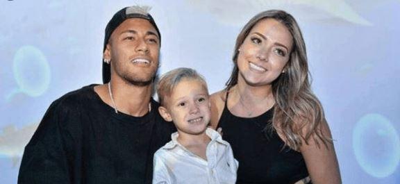Carol Dantas Faz Linda DECLARACÃO Para A Babá De Seu Filho Com Neymar!