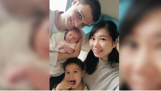 Casal Conta Como Foi Dar à Luz Em Meio Ao Surto De Coronavírus Na China