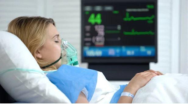 CRISE DE CORONAVIRUS Quase Metade Dos Pacientes Com Coronavírus Em Terapia Intensiva Está Morrendo, Revela Relatório
