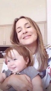 Claudia Leitte DESABAFA o momento TERRIVEL que passou após o parto de Bella