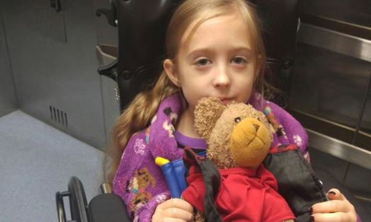 """""""Minha Filha Derrotou O Câncer De Mama Quando Tinha Apenas Oito Anos"""", Conta A Mãe"""