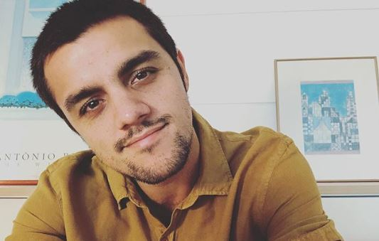 Ator Felipe Simas, Reencontra Os Filhos Depois De Passar 14 Dias De Isolamento Após Enfrentar O Coronavírus