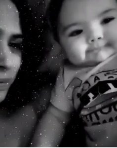 """Tatá Werneck  mostra o rosto de sua bebê e estoura o Fofurômetro """"Linda"""""""